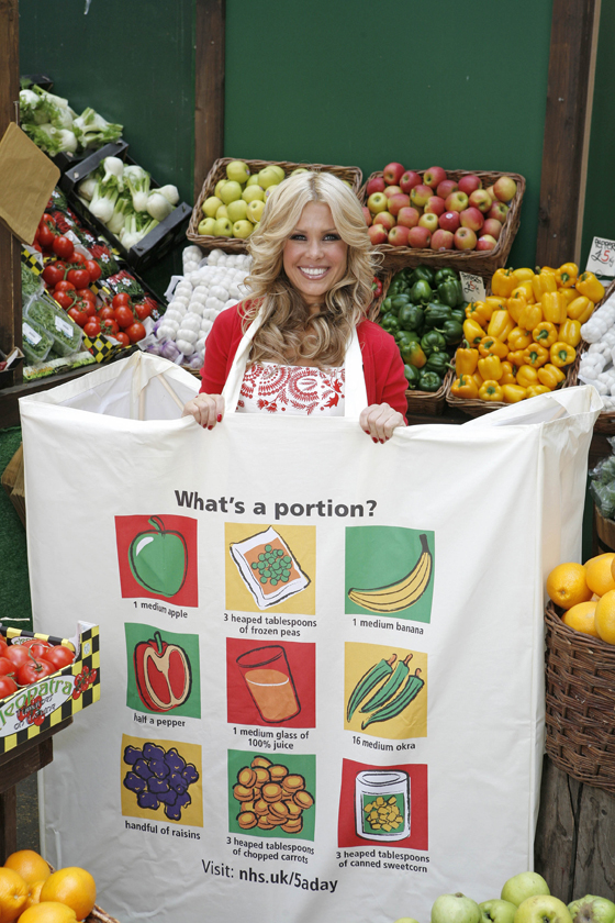 Melinda Messenger promotes the eat 5-a-day campaign in our bag!